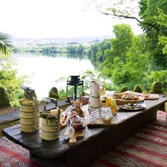 We are self-proclaimed alfresco dining masters. Our  for success? An epic view! Click our bio link for our favorite European picnic spots and book your next vacation. by jetsetterdotcom