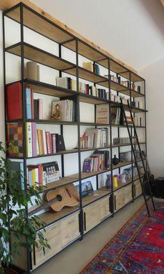 On a rencontré La Maison de l'Imaginarium. Cet atelier artisanal a fait de la bibliothèque industrielle sa spécialité. Du sur-mesure bien sûr !