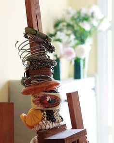 AM12 - Love this collection of bracelets on an easel!