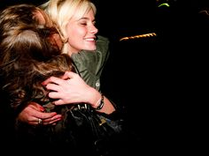Friendly hug in downtown duringReykjavikArts Festival (Reykjavik, Iceland) #eventsareforever - Photo by Lucio Patone - Valeria Marchesani - sowirestudio.com