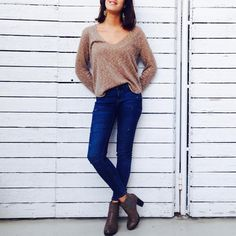 "60 Gostos, 10 Comentários - Mina Gahri (@minagahri) no Instagram: ""#ootd #whatiwore #knitwear #skinnyjeans #highheels #simple #fashion #style #feelslikespring…"""