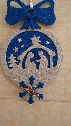 Nativity Ornament / Felt Nativity Christmas Tree by CraftsbyBeba Felt Christmas Decorations, Felt Christmas Ornaments, Easy Christmas Crafts, Christmas Nativity, Christmas Wood, Christmas Projects, Simple Christmas, Nativity Ornaments, Navidad Diy