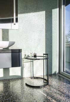 Adjustable Table E 1027 Black Version - ClassiCon DE
