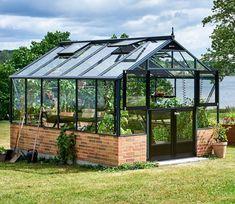 Juliana Premium Dwarf Wall 9 x 14 ft Greenhouse - Modern Outdoor Greenhouse, Best Greenhouse, Greenhouse Plans, Outdoor Gardens, Homemade Greenhouse, Portable Greenhouse, Garden Huts, Garden Bed, Aluminium Greenhouse