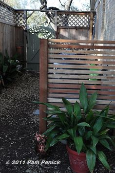 Screen to hide the A/C & other garden projects. Option to hinge off fence for access. Hide Ac Units, Hide Trash Cans, Trash Bins, Side Yard Landscaping, Side Yards, Shed Plans, Diy Patio, Garden Styles, Garden Projects