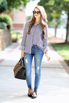 spring / summer - fall / winter - street style - street chic style - casual outfits - fall outfits - spring outfits - black gingham shirt + skinny jeans + black lace up flats + leopard print handbag + cat eye sunglasses