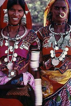 Photograph of tribal women from Rajasthan, India. Shop for wedding jewellery, wedding trousseau, designer lehengas, saris and more with Bridelan - A personal shopper & stylist for brides & grooms. Web