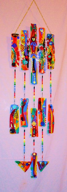34 New Ideas For Garden Art Wind Chimes Fused Glass Fused Glass Art, Mosaic Glass, Dreamcatchers, Blowin' In The Wind, Glass Wind Chimes, Arts And Crafts, Diy Crafts, Paperclay, Mobiles