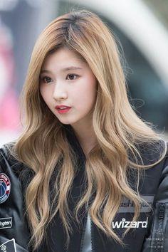 sana twice at DuckDuckGo Kpop Girl Groups, Korean Girl Groups, Kpop Girls, Nayeon, Korean Beauty, Asian Beauty, Sana Cute, Sana Minatozaki, Dahyun
