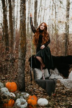 Ginger, Spice, & Everything Not Very Nice // Spooky Halloween Inspiration Shoot in Red Deer - Brontë Bride Witch Photos, Halloween Fashion, Halloween Pictures, Halloween Costume Wedding, Halloween Costumes, Halloween Photography, Autumn Photography, Photography Tips, Spooky Halloween