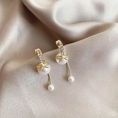 Fashion Bow Front And Back Pearl Earrings For Women 2020 New Korean Earrings Trendy Jewelry | Touchy Style Simple Earrings, Beaded Earrings, Women's Earrings, Earrings Handmade, Trendy Jewelry, Simple Jewelry, Boho Jewelry, Silver Charm Bracelet, Charm Jewelry