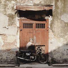 6.8000° N, 58.1667° W Georgetown Penang. Ernest Zacharevic street art.