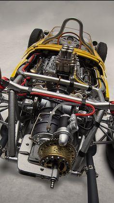 Exoto Ferrari 156 sharknose yellow