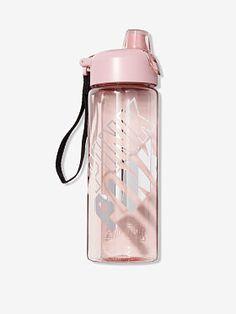 All Day Sport - das Geheimnis von Victoria - Pink Pink Water Bottle, Cute Water Bottles, Plastic Bottle, Things To Buy, Girly Things, Cute Luggage, Cute School Supplies, Cute Cups, Pink Accessories