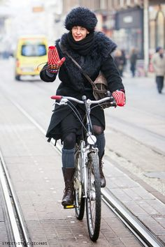 Cold-weather street style.