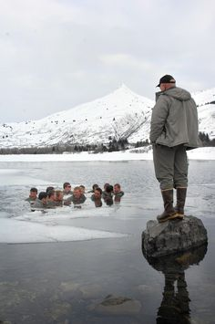 These SEAL candidates are doing Qualification Training. In this rewarming exercise, they spend five minutes in near-freezing water. Do you have what it takes to be a Navy SEAL? #Navy #USNavy #AmericasNavy navy.com