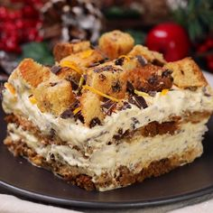 """This is """"Natalemisù al panettone"""" by Al.ta Cucina on Vimeo, the home for high quality videos and the people who love them. Panettone Cake, Cake Recipes, Dessert Recipes, Glaze For Cake, Joy Of Cooking, Food Fantasy, Sweet Bakery, Tiramisu, Italian Recipes"""