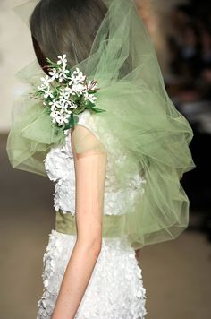 A mint green veil from Oscar de la Renta, Spring 2012 - see more #Mint #Wedding at this Inspiration board