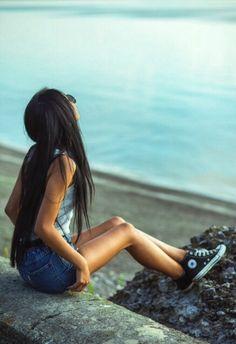 Long hair don't care hipster indie tumblr girl fashion vans sea ocean