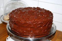 Devil´s Food Cake - Passion For baking Devils Food, Food Cakes, Cake Recipes, Delish, Pudding, Baking, Desserts, Passion, Drink