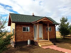 vastu tiny cabin 001   Father and Son Create Amazing 200 Sq. Ft. Tiny Cabin for Simple Living