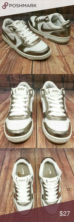 0caf478f97dc NIKE Air Prestige Platinum  amp  White Wo s 7.5 shoes Great Pre-owned  conditions Women s