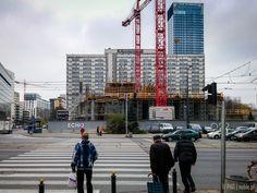 Budowa biurowca Q22 - róg Jana Pawła II i Grzybowskiej (stan na koniec października 2014)