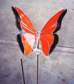 Monarch Butterfly Garden Stake    Glass by Pat: Stained Glass Garden Art