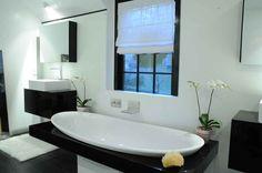Master bath-room 1