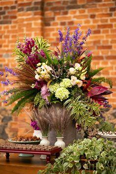 Floral Wedding, Diy Wedding, Wedding Flowers, Dream Wedding, Wedding Decorations, Table Decorations, Arte Floral, Deco Table, Best Day Ever