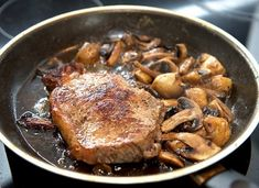 Reheating Good Leftover Steak the Right Way How To Reheat Steak, How To Cook Pork, Grilling Recipes, Cooking Recipes, Cooking Tips, Healthy Recipes, Preparing A Turkey, Spa Food, Leftover Steak