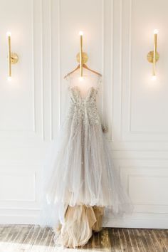This beautiful elopement had us at the metallic, chic, and GORGEOUS Hayley Paige gown and crystalized Jimmy Choo heels! Country Wedding Dresses, Wedding Dresses Photos, Dream Wedding Dresses, Bridal Dresses, Wedding Gowns, Wedding Bells, Wedding Attire, Chic Wedding, Wedding Details