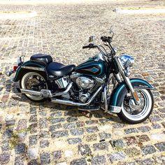 Cool Motorcycles, Cool Bikes, Helmets, Bad Boys, Hot Wheels, Harley Davidson, Horses, Steel, Cars