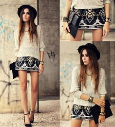 Hot skirt,love this style.