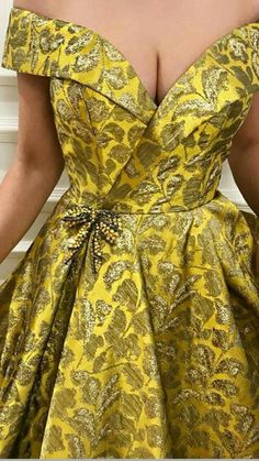 Long African Dresses, African Lace Styles, African Wedding Dress, African Fashion Ankara, African Print Fashion, African Attire, African Wear, Kente Dress, Lace Dress Styles