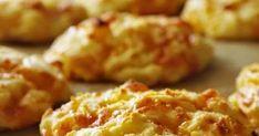 Sokat találgattuk, hogy ez most igazából mi? Pogácsa? Lepényke? Fánk? Így lett végül puffancs. És egy ok, hogy mindig dupla adag krumplip... Minion, Mashed Potatoes, Cauliflower, Vegetables, Ethnic Recipes, Desserts, Food, Deserts, Smash Potatoes