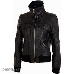 Musta nahkatakki / Black leather jacket