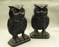 Cast Iron Owl Bookends in Black