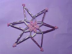 Malá růžová korálková hvězda 2