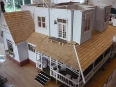 Practical Magic Dollshouse - This lady built an incredible 12th Scale Dollhouse replica of the Owens House ::