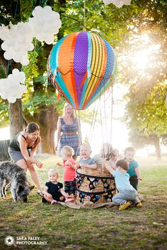 1st birthday party with a hot air balloon prop! @sarapaleyphoto #paleypix
