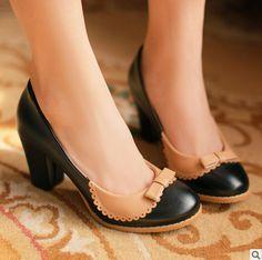des chaussures de Minnie Mouse!