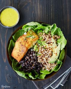 While it's tempting to settle for a bowl of cereal when you're eating solo, there's plenty to be said for treating yourself too. Not sure what to make? Here are 31 easy dinners for one. #dinner #recipes #food Leftover Salmon Recipes, Easy Dinners For One, Dieta Dash, Best Fish Recipes, Seafood Recipes, Unique Recipes, Healthy Recipes, Tofu Recipes, Summer Recipes