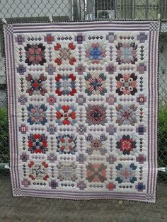 My Quilt Diary: Star Crossed goes to the festival