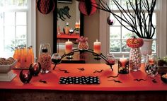 Brighten your holiday table with Halloween candle centerpiece ideas! From scary and crazy to elegant and modern. #centerpiece #candles #holiday