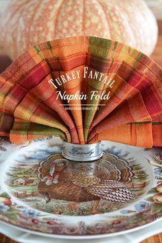 Turkey Fantail Napkin Fold Tutorial for Thanksgiving | © homeiswheretheboatis.net #Thanksgiving #table #napkinfold