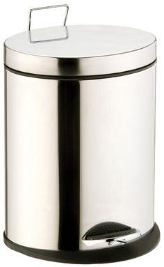 Formschöner ovaler Treteimer aus glänzenden Edelstahl mit einem Fassungsvermögen von 5 Litern. Gesehen für € 39,95 bei kloundco.de.