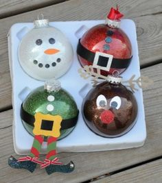 Easy Crafts For Kids Christmas crafts Christmas diy: 20 Awesome Rustic Christmas Decorations. Easy Crafts For Kids Christmas Crafts Christmas Diy. Noel Christmas, Diy Christmas Ornaments, Christmas Balls, Christmas Projects, Holiday Crafts, Holiday Fun, Christmas Decorations, Glitter Ornaments, Clear Ornaments