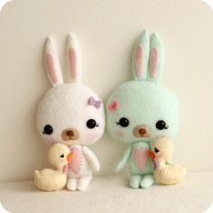 Easter Bunny and Chick pdf Pattern by Gingermelon on Etsy Felt Dolls, Plush Dolls, Doll Toys, Sewing Toys, Sewing Crafts, Sewing Projects, Softies, Plushies, Felt Crafts