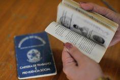 Carteira de trabalho - Foto: Agência Brasil